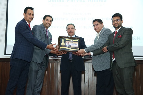 Strong banking sector indispensable for maintaining momentum of economic growth: J&K Bank chairman