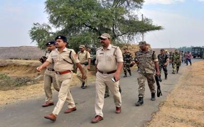 CRPF kills 4 Maoists in Chhattisgarh