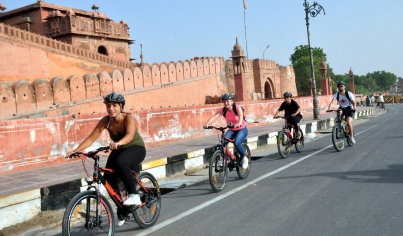Five Ways to Beat the Summer Heat While Travelling in India