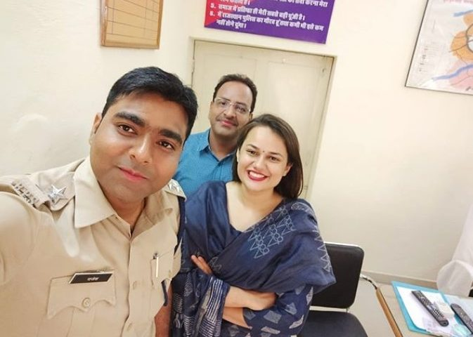 IAS topper Tina Dabi Khan's fans are awestruck with Kashmiri bahu's new combative avatar