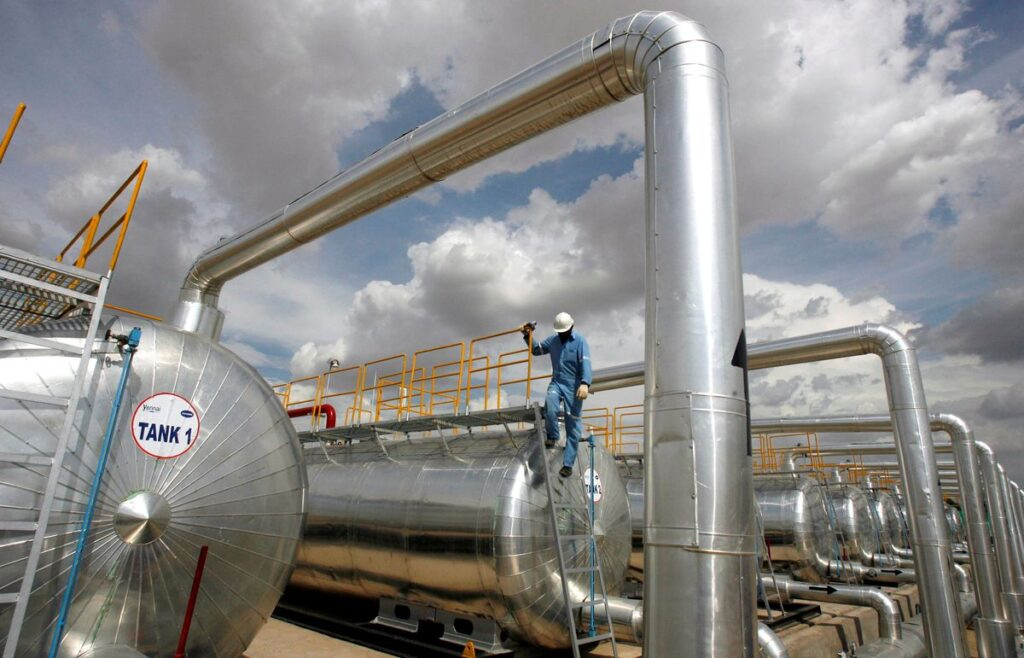 India refiners' August crude processing lowest in 10 months