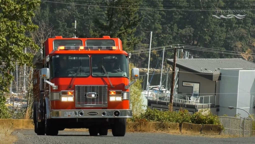 Bystanders help evacuate elderly couple from Nanaimo house fire