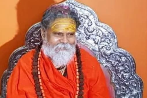 Seer Questions Authenticity of Suicide Note in Mahant Giri Death Case, UP Police Makes Third Arrest